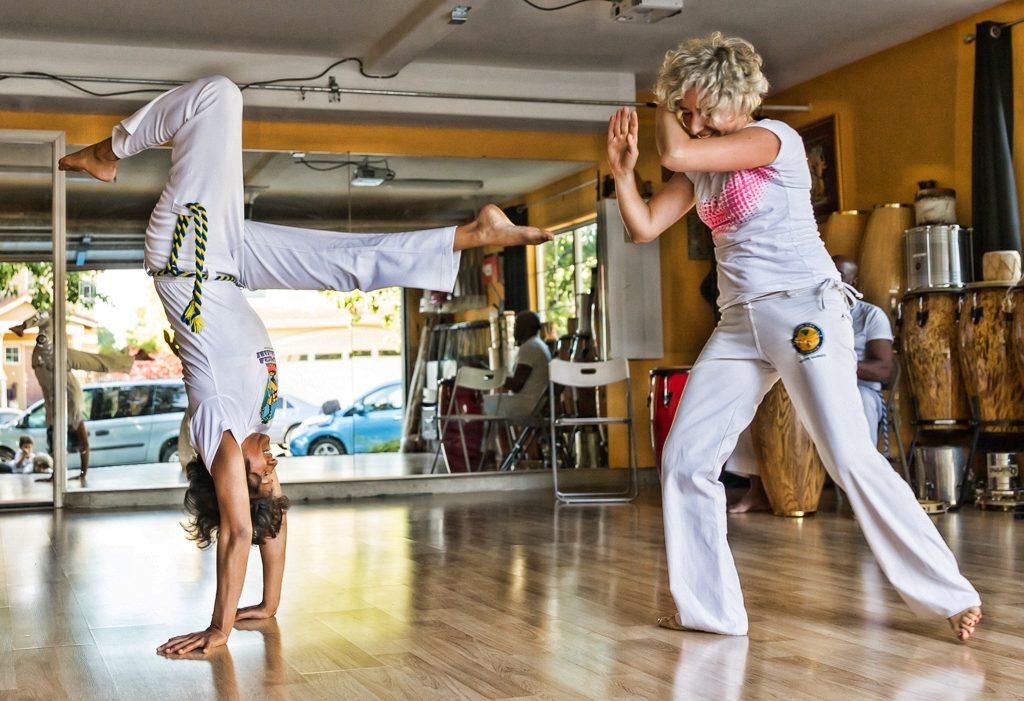 handstand capoeira family class